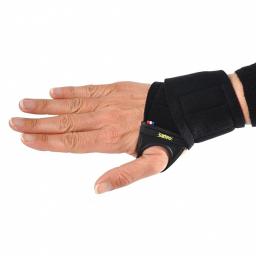 Bandage Carpien Magnétique AURIS porté dessus main